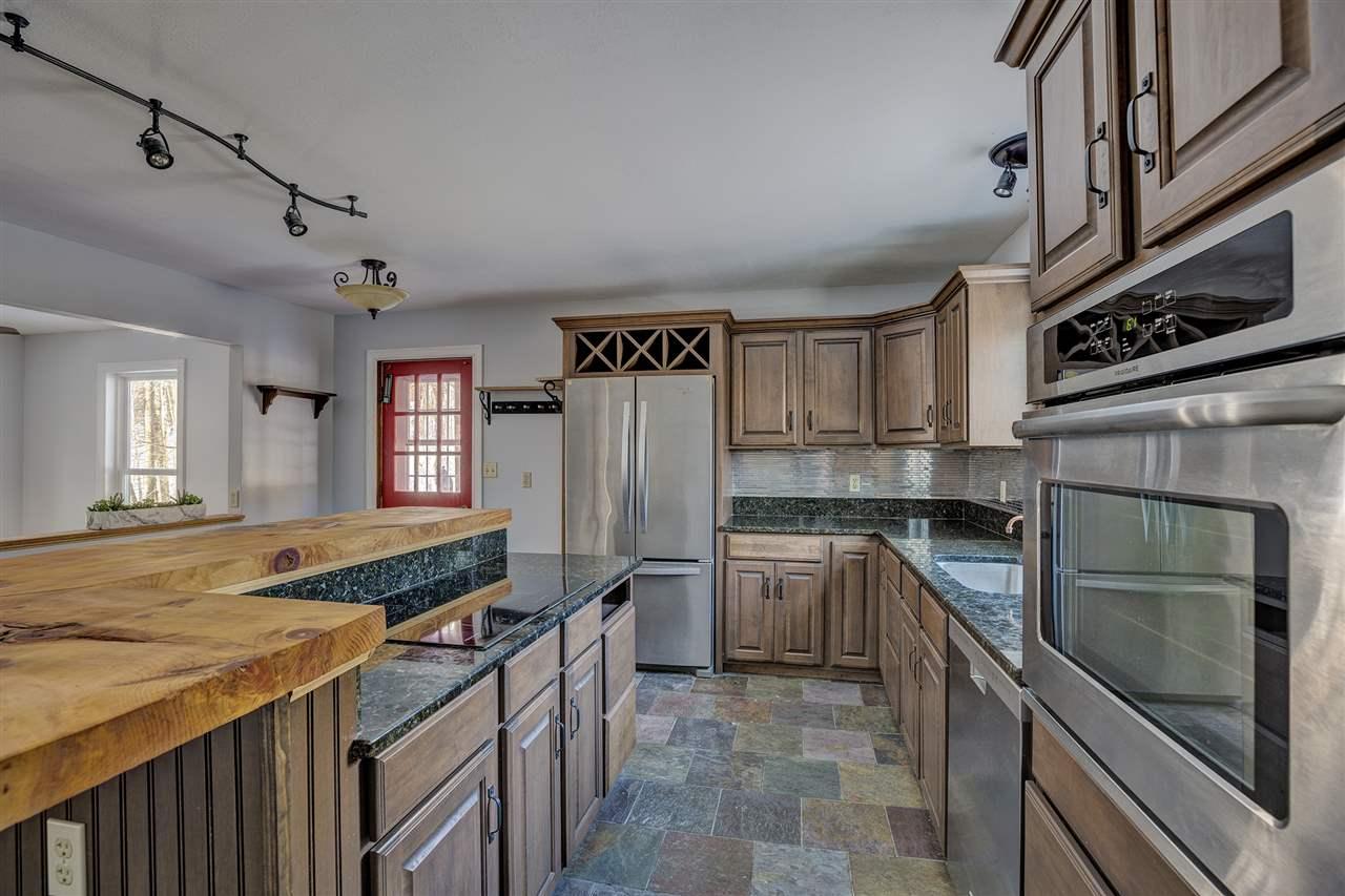 NEWBURY NHHome for sale $$259,000   $257 per sq.ft.
