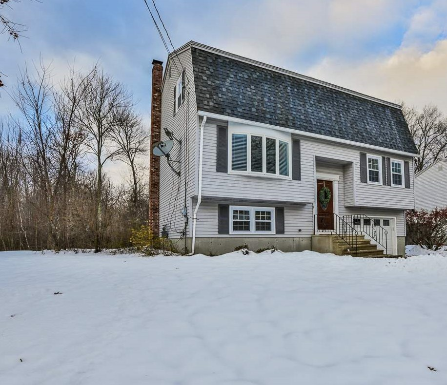 MANCHESTER NHHome for sale $$314,900   $179 per sq.ft.
