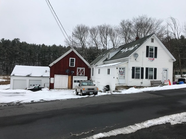 Photo of 20 Pine Street Wolfeboro NH 03894