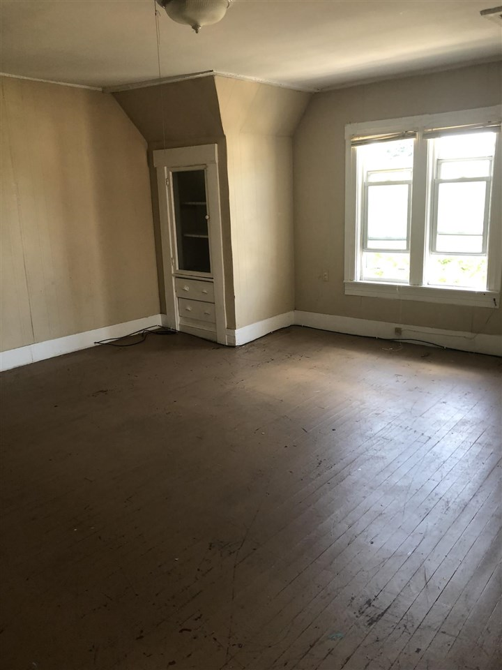 MANCHESTER NHMulti-Family for rent $Multi-Family For Lease: $950 with Lease Term