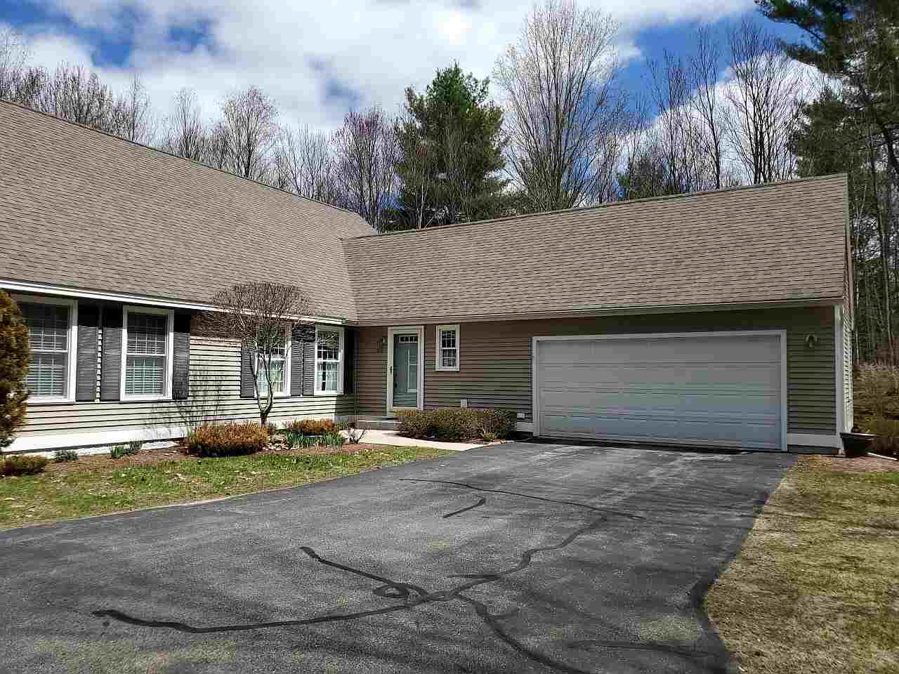 Fremont NH Condo for sale $List Price is $300,000
