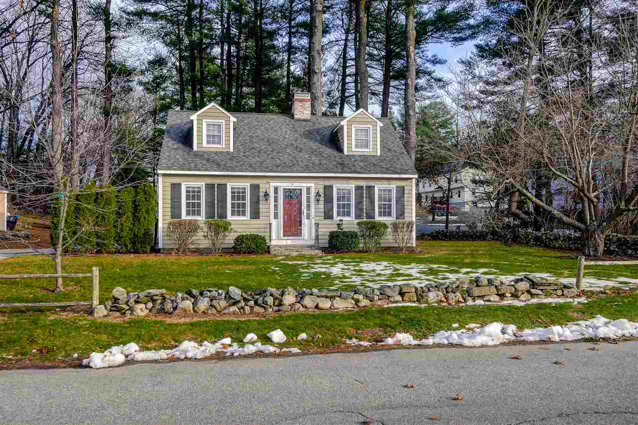 Derry NHHome for sale $List Price is $260,000