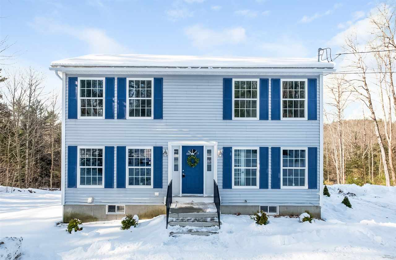 CENTER HARBOR NH Home for sale $329,000