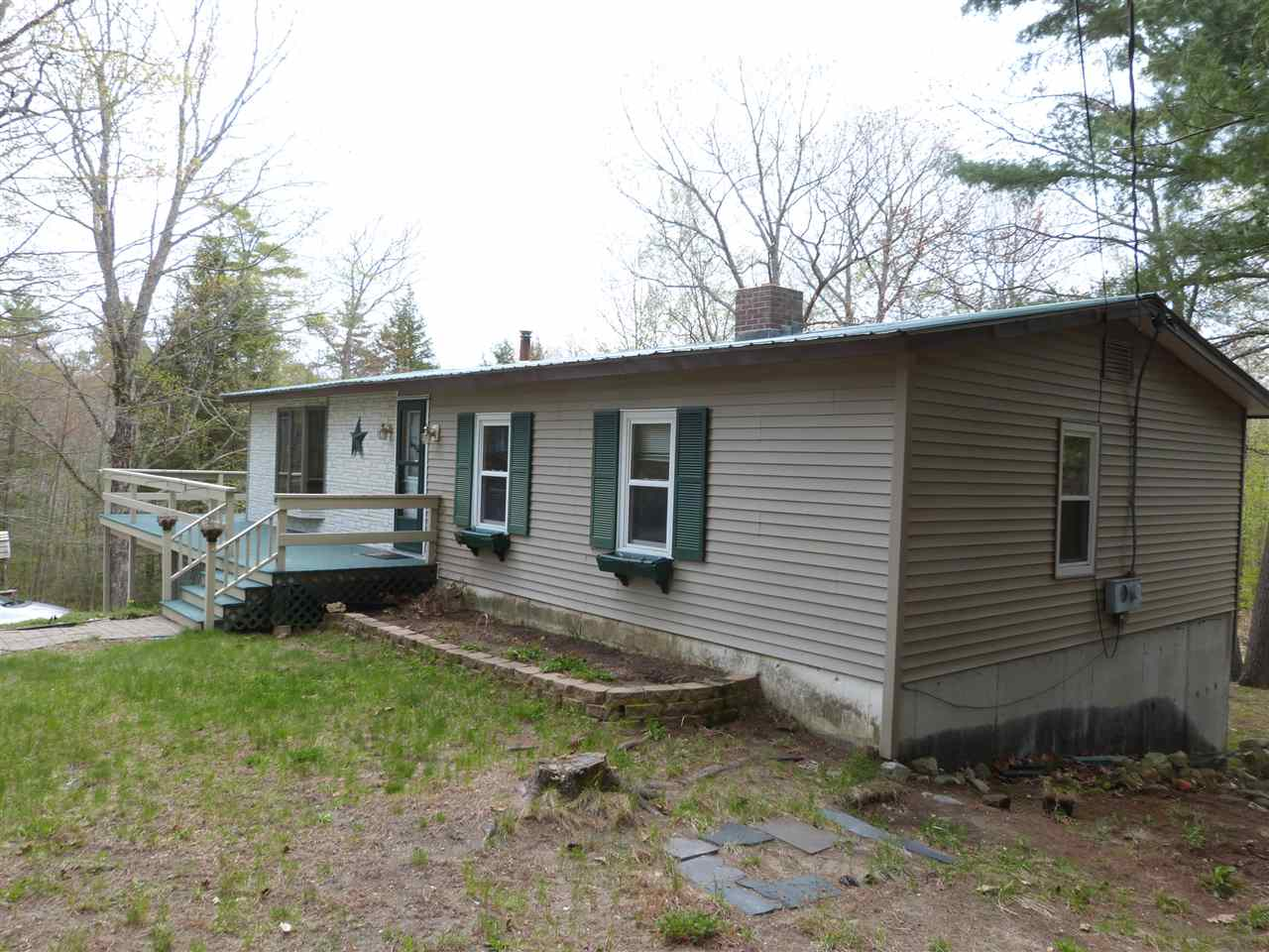BROOKFIELD NH  Home for sale $184,225