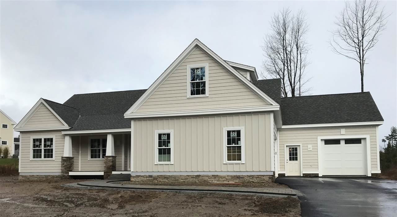 NEW LONDON NH Home for sale $$699,900 | $276 per sq.ft.