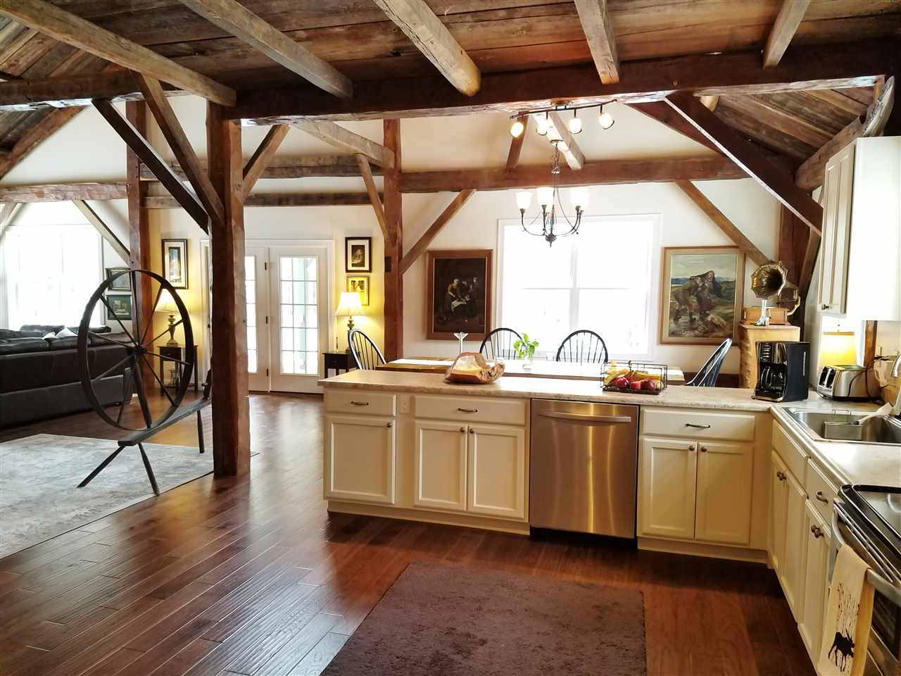 MEREDITH NH Home for sale $485,000