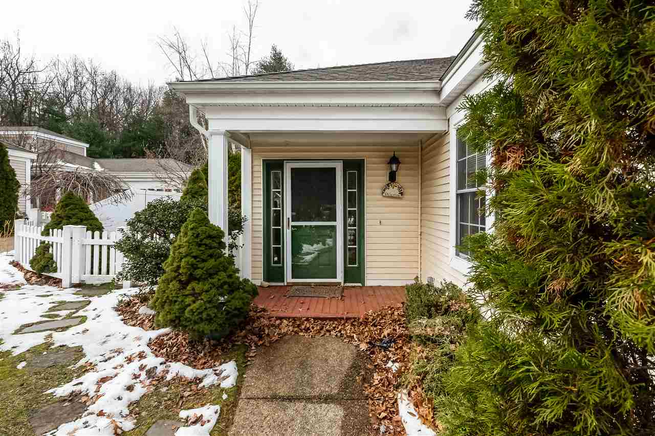 BEDFORD NHSingle Family for rent $Single Family For Lease: $2,300 with Lease Term