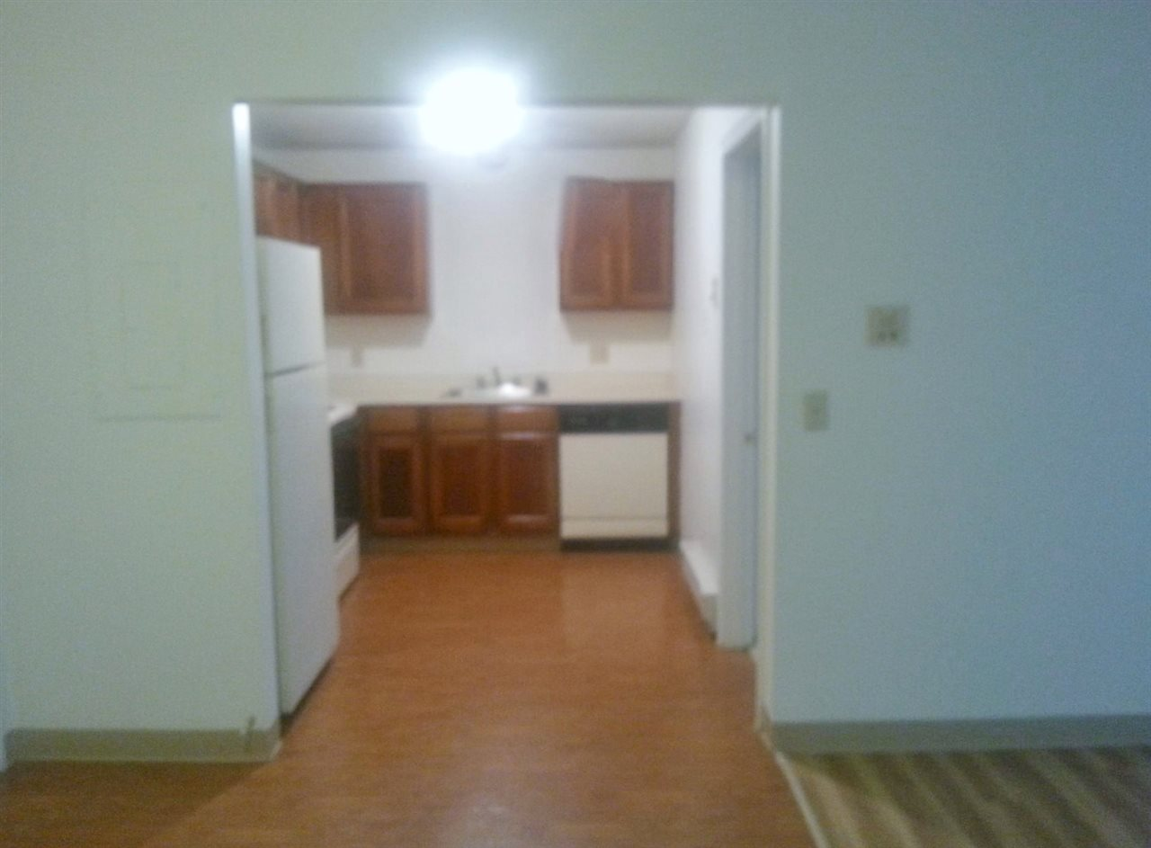 DERRY NHApartment for rent $Apartment For Lease: $1,249 with Lease Term
