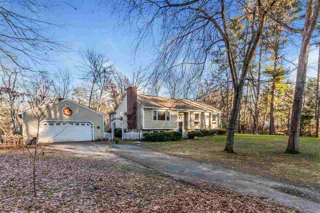 Litchfield NHHome for sale $List Price is $315,000