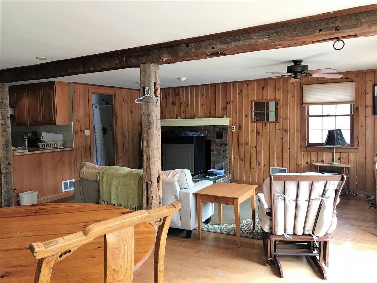 Large open floorplan 12990871