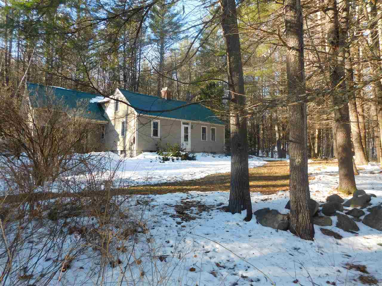 BROOKFIELD NH  Home for sale $219,900