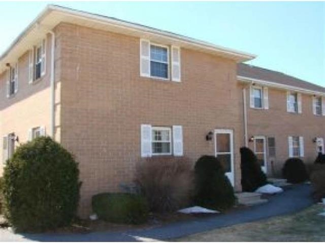 HUDSON NH Condo for rent $Condo For Lease: $1,800 with Lease Term