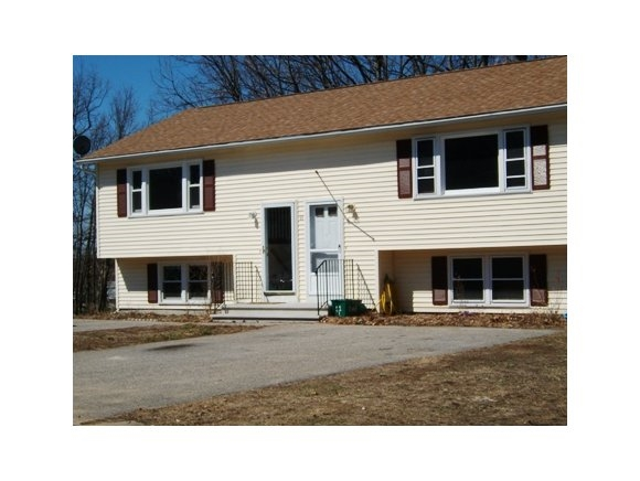 DERRY NH Duplex for rent $Duplex For Lease: $1,495 with Lease Term