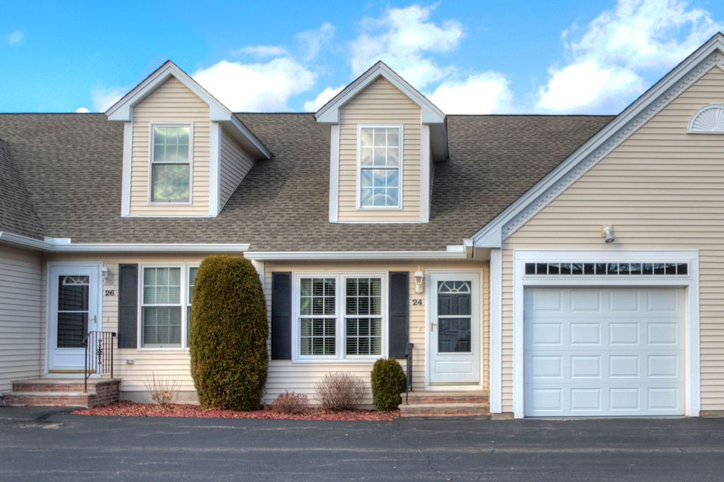 Windham NH Condo for sale $List Price is $270,000