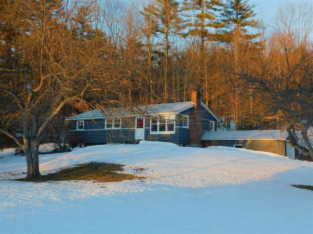 MLS 4730129: 25 Crescent, Plymouth NH