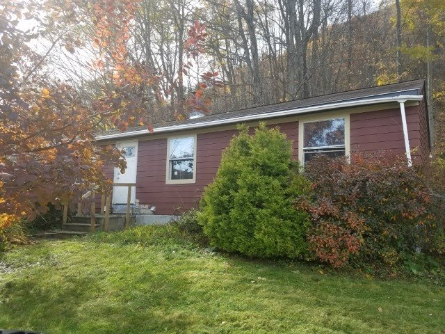 VILLAGE OF BELLOWS FALLS IN TOWN OF ROCKINGHAM VT Home for sale $$75,000 | $74 per sq.ft.