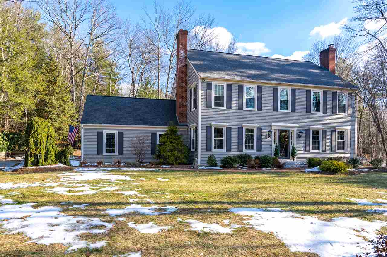 Photo of 25 Sparrow Lane Bedford NH 03110