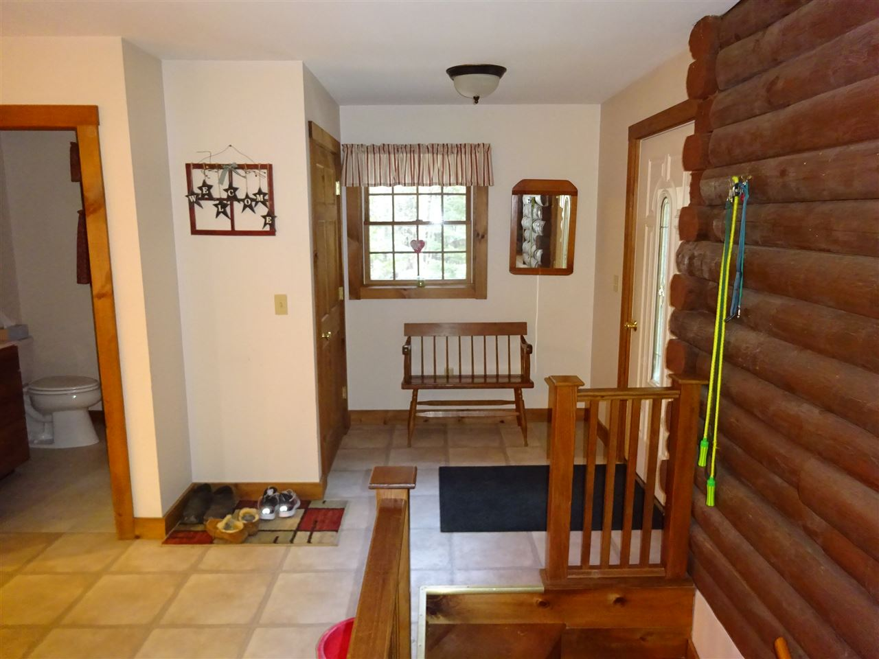 Mud room area 13035458