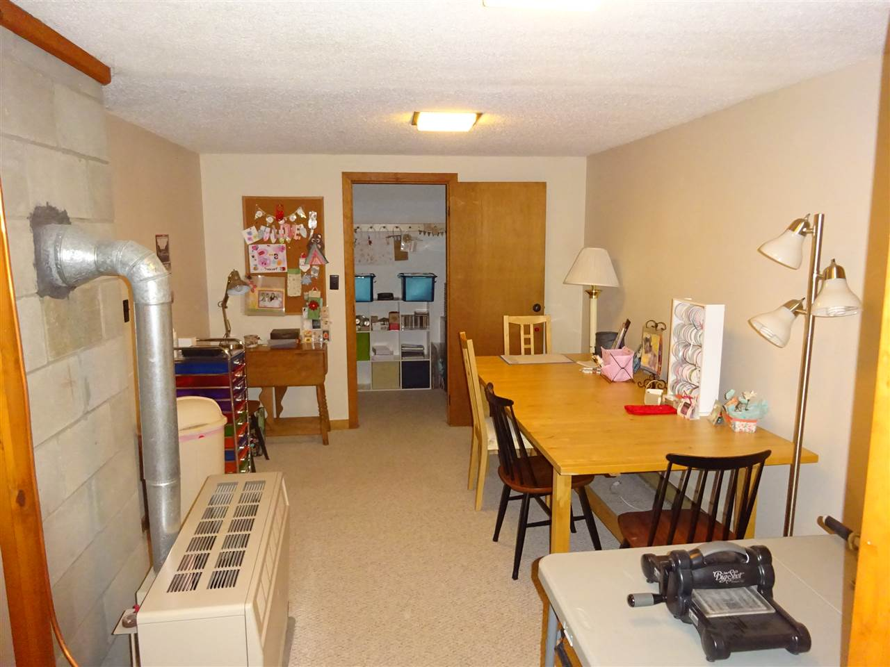 Family room 13035447