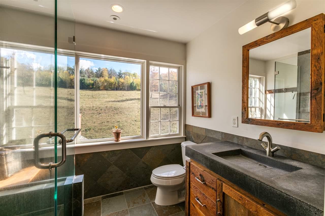 Great Bathroom 13037465