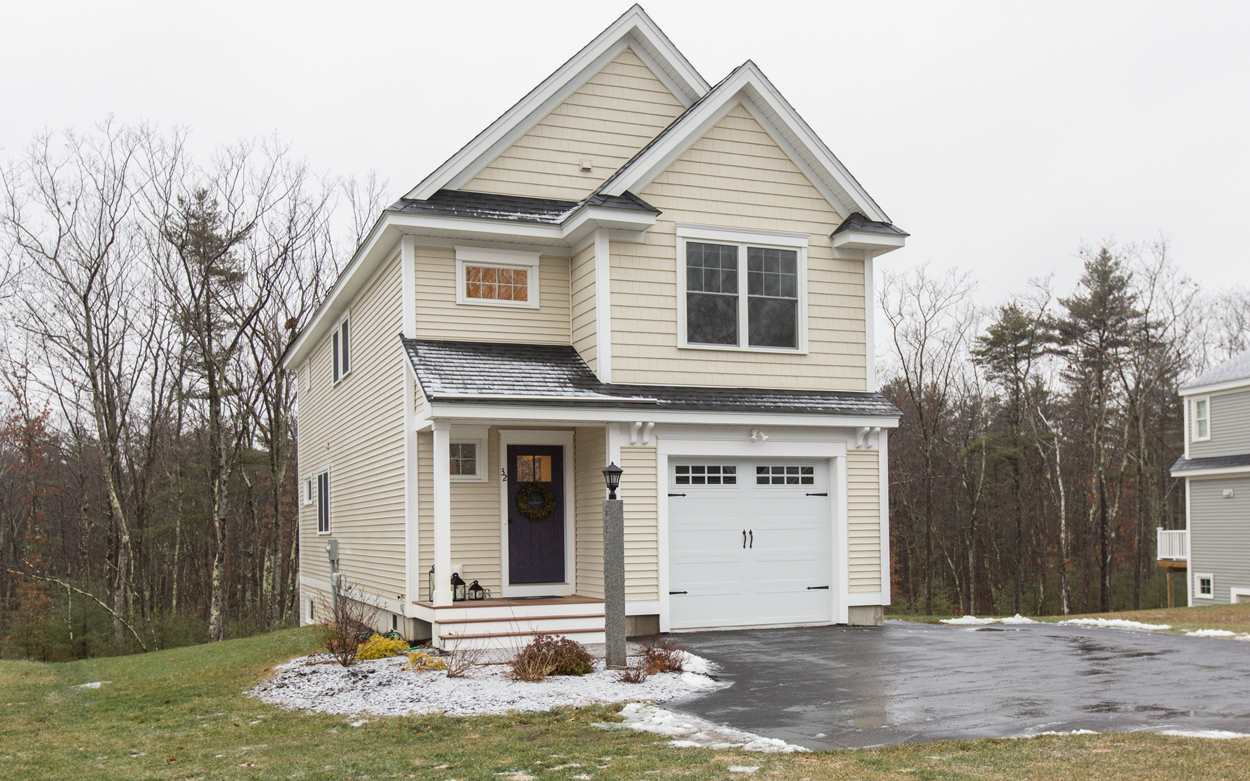 Londonderry NHHome for sale $List Price is $399,900