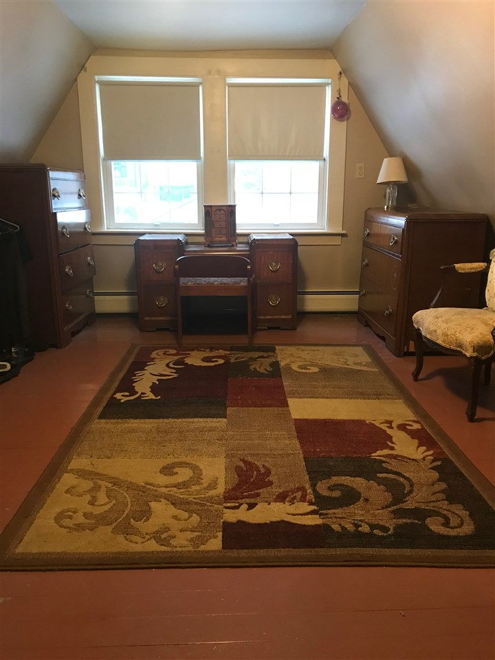 4th Bedroom/Bonus Room 3rd Floor 13059302