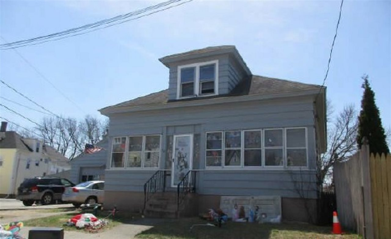 Manchester NHHome for sale $List Price is $173,635