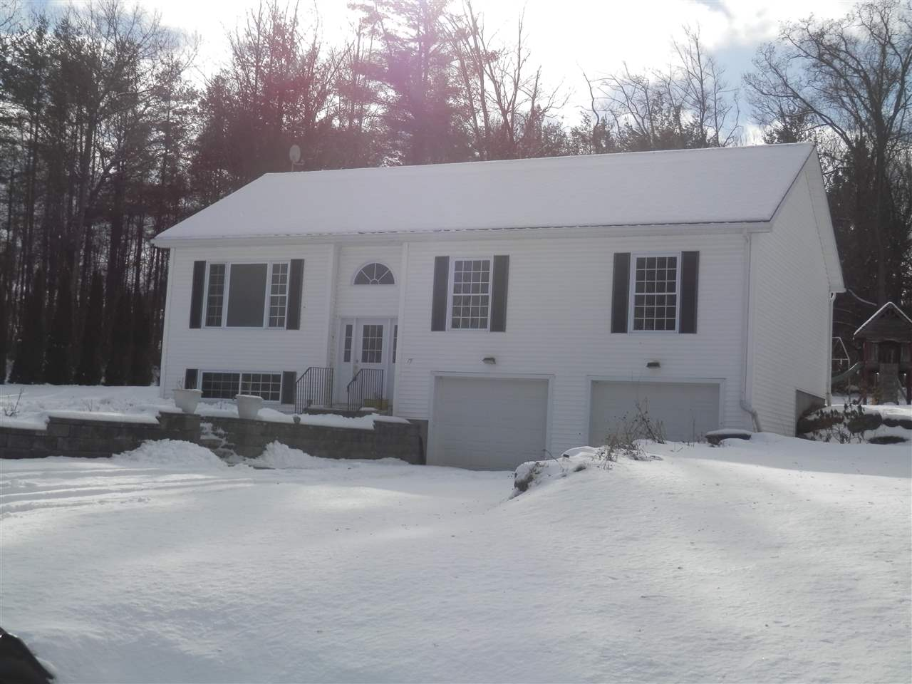 Photo of 19 Cricket Hill Way Franklin NH 03235
