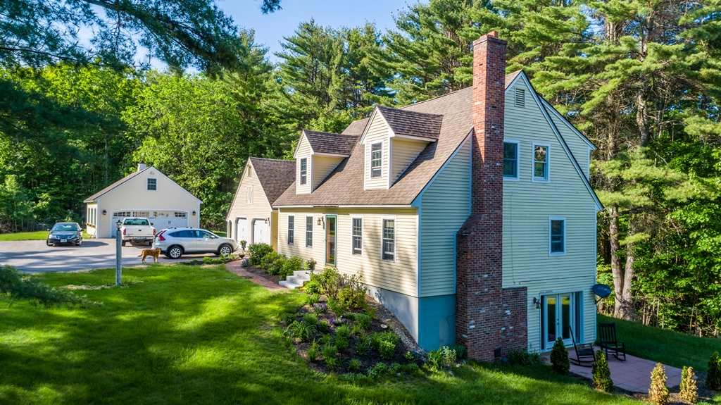 MEREDITH NH Home for sale $449,000