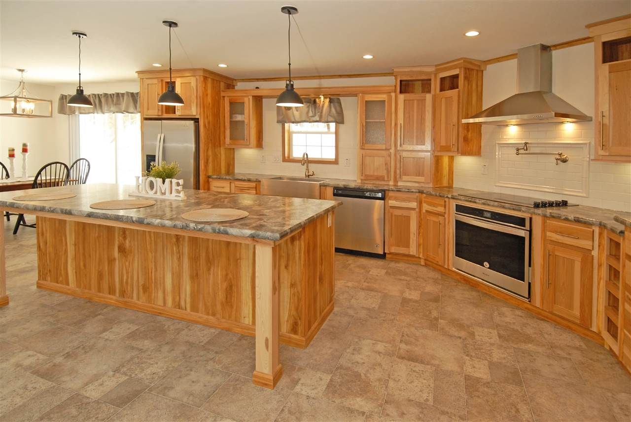 SPRINGFIELD NHHome for sale $$229,999 | $135 per sq.ft.