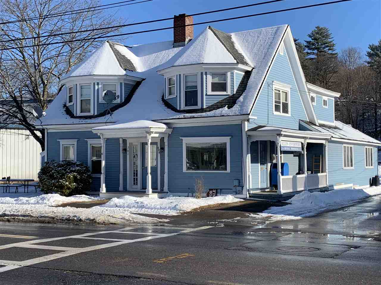Photo of 699-701 Union Ave Laconia NH 03246