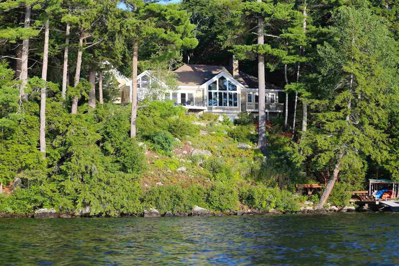 Newbury NH Home for sale $$2,495,000 $1,010 per sq.ft.