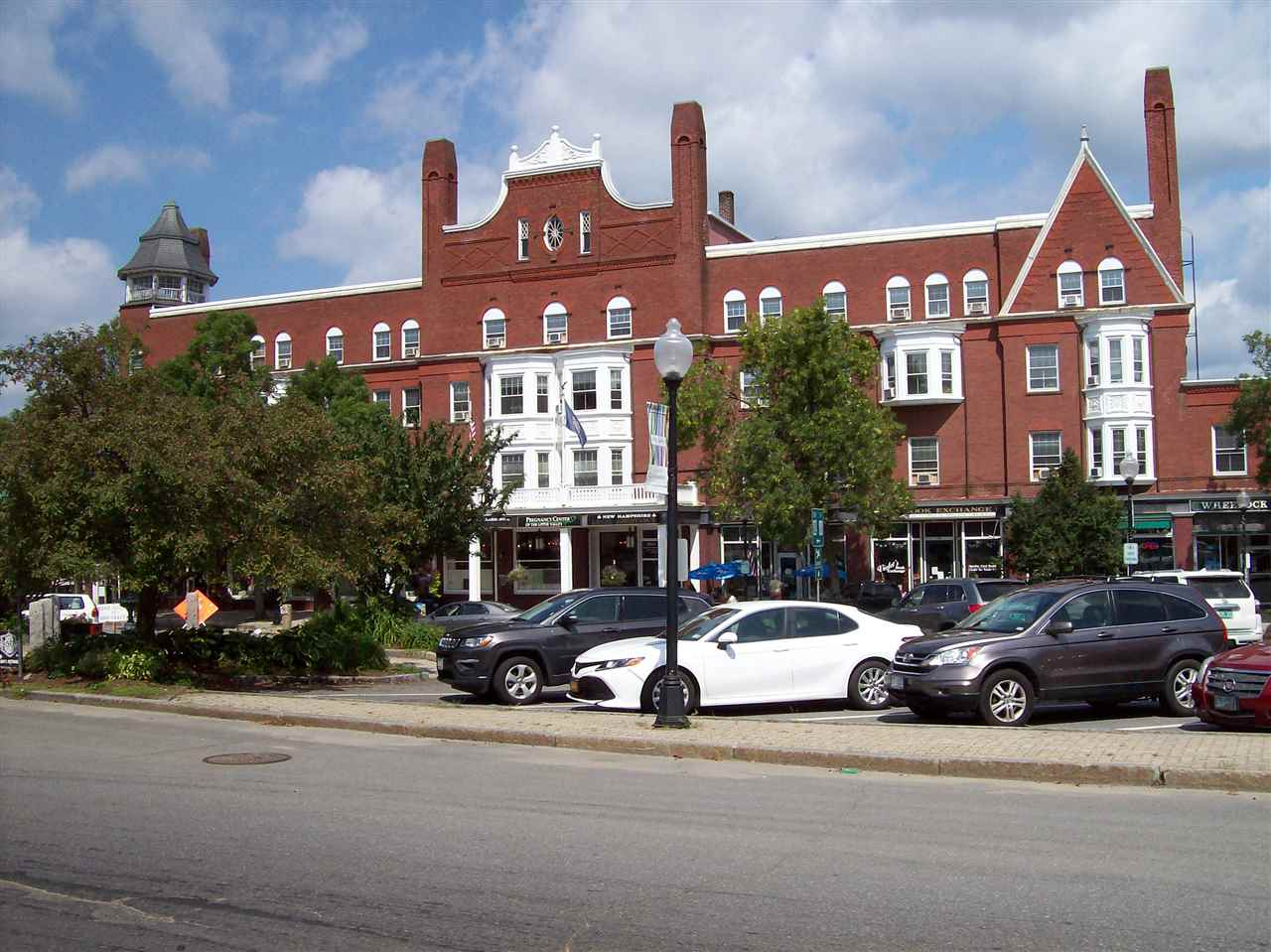 CLAREMONT NHCommercial Lease for rent $Commercial Lease For Lease: $800 with Lease Term