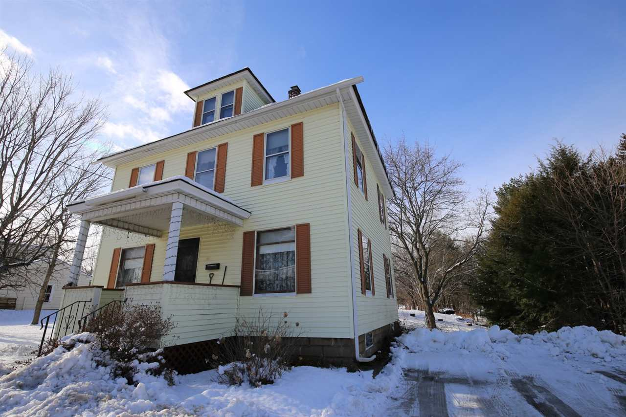 Laconia NH Home for sale $$165,000 $114 per sq.ft.
