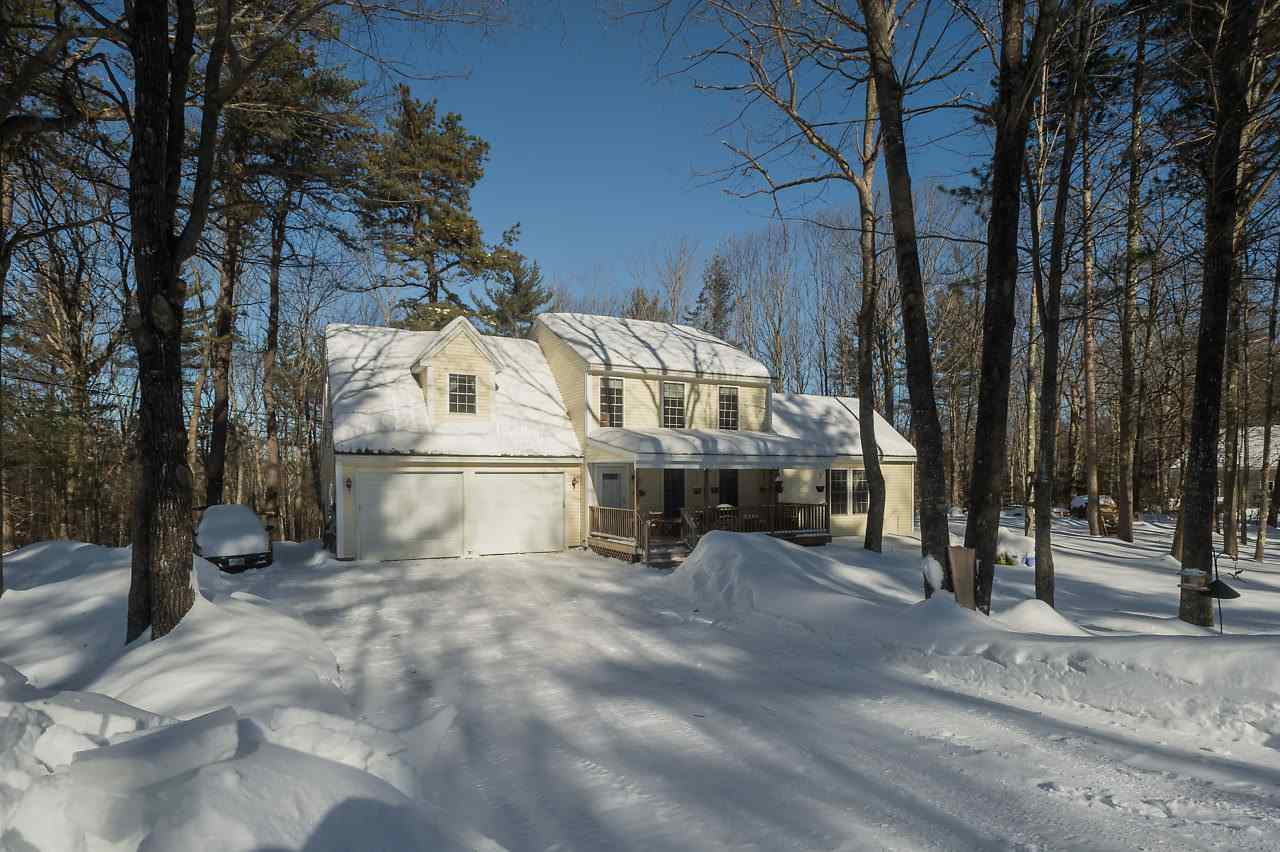 Wakefield NH Home for sale $$255,000 $129 per sq.ft.