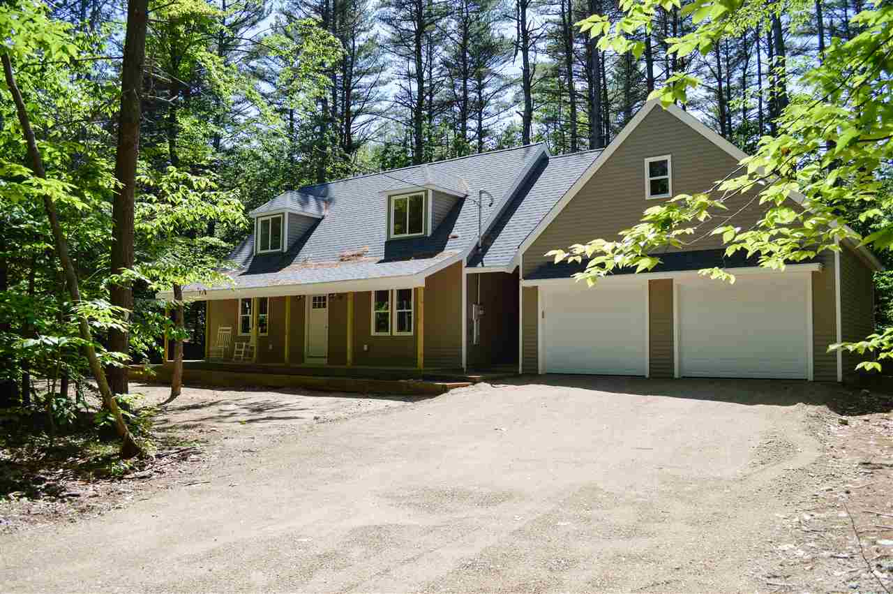 WAKEFIELD NH Home for sale $326,000