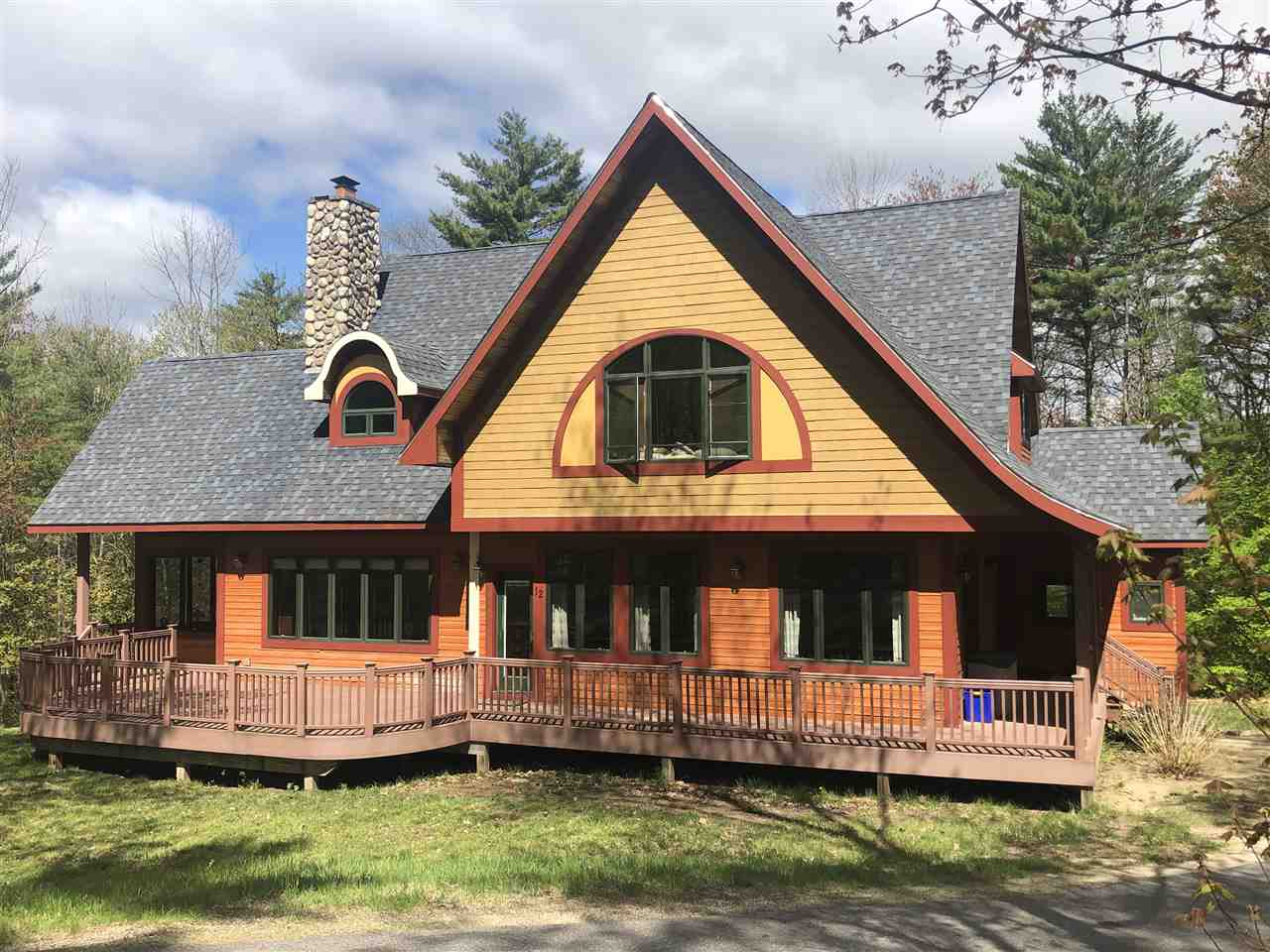 MEREDITH NH Home for sale $595,000