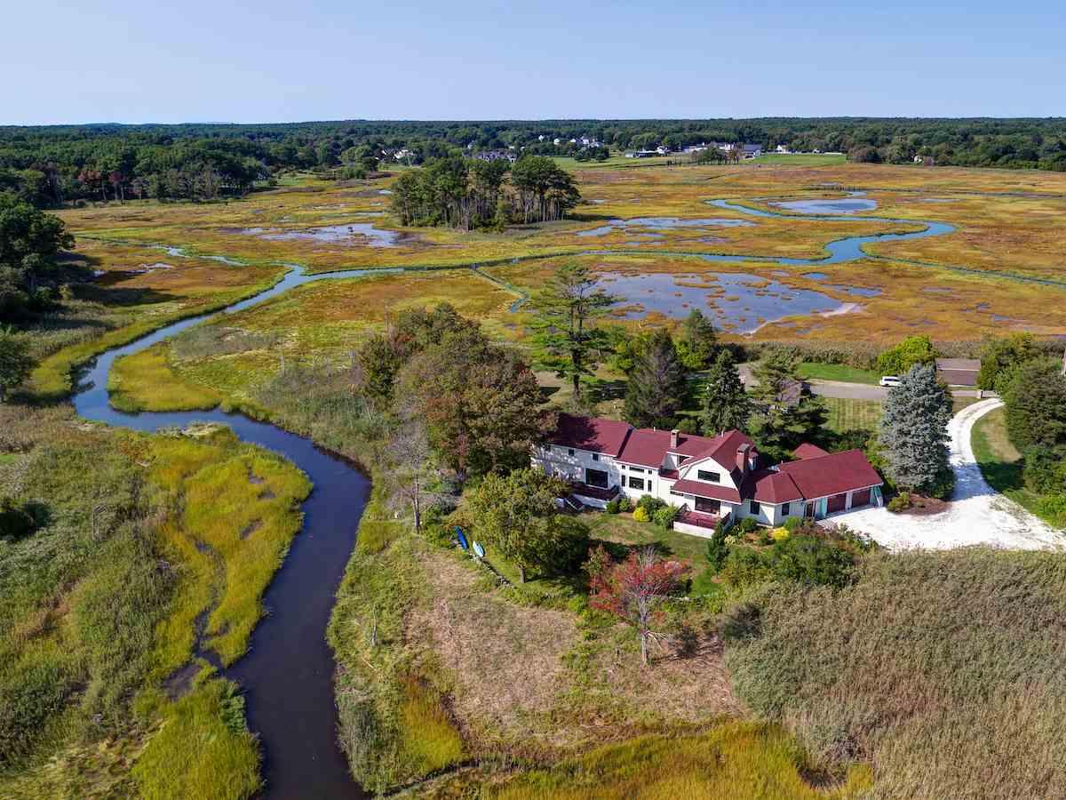 Photo of 33 Viano Island North Hampton NH 03862