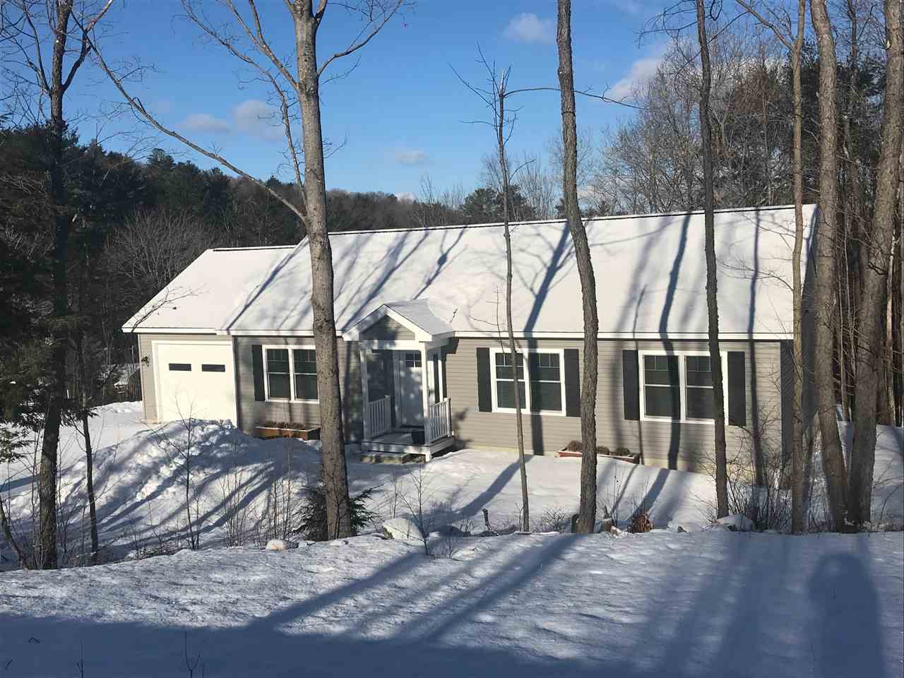 SUNAPEE NH Home for sale $$314,000 | $234 per sq.ft.