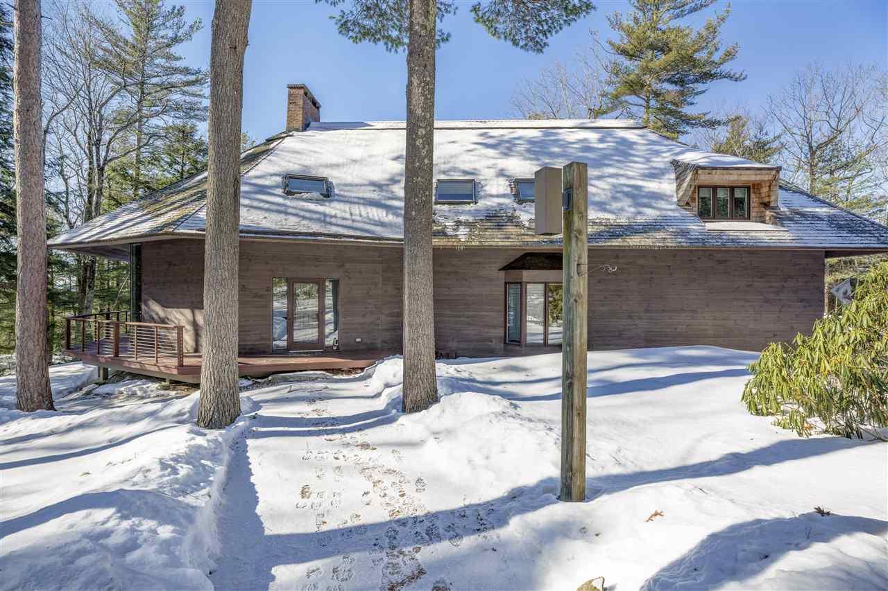 SUNAPEE NHHome for sale $$799,000 | $204 per sq.ft.