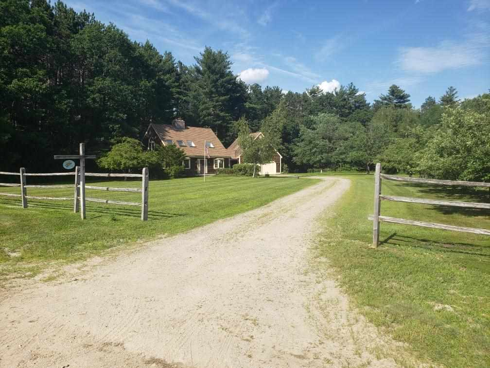 Newbury NH 03255Home for sale $List Price is $325,000