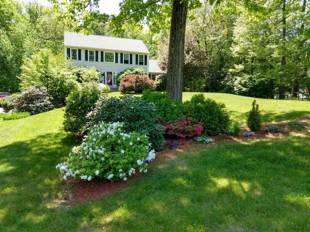 Photo of 25 Montgomery Farm Road Derry NH 03038