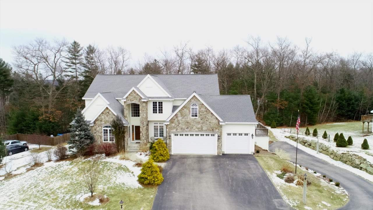 MANCHESTER NHHome for sale $$660,000 | $144 per sq.ft.