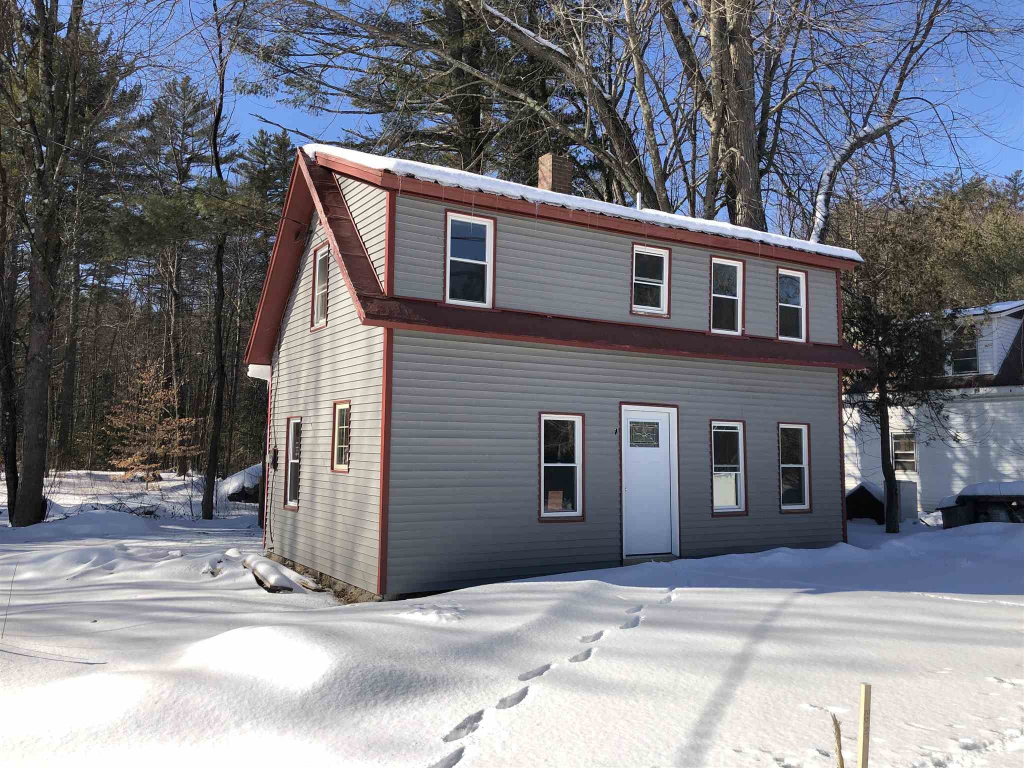 VILLAGE OF WEST OSSIPEE IN TOWN OF OSSIPEE NH Home for sale $99,000