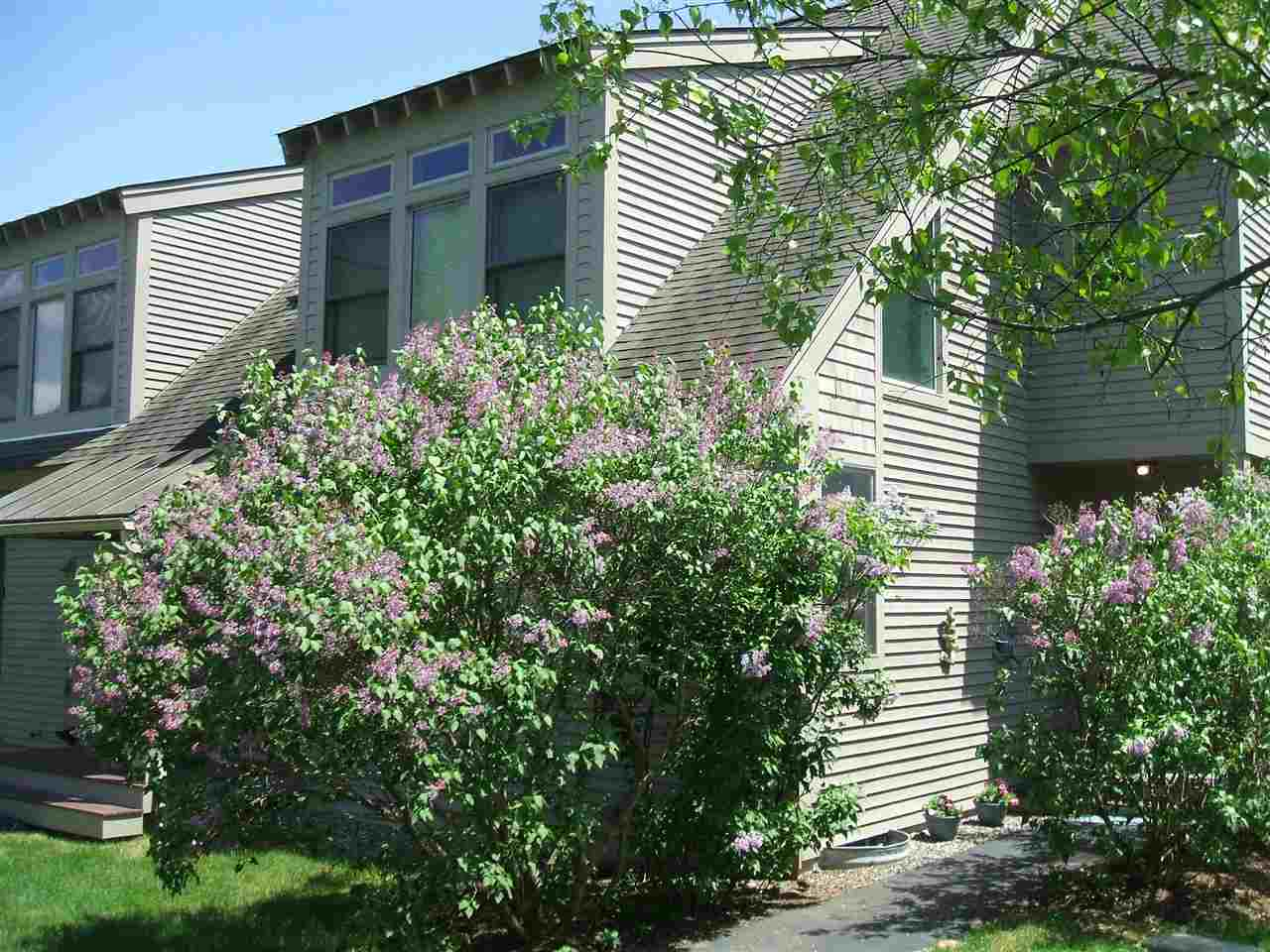 VILLAGE OF QUECHEE IN TOWN OF HARTFORD VTCondo for sale $$349,000 | $200 per sq.ft.