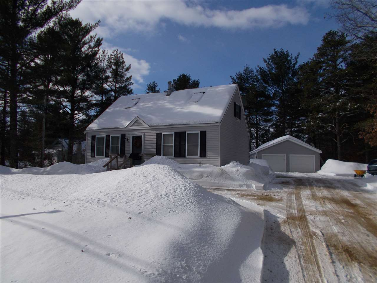 FREEDOM NH  Home for sale $229,500