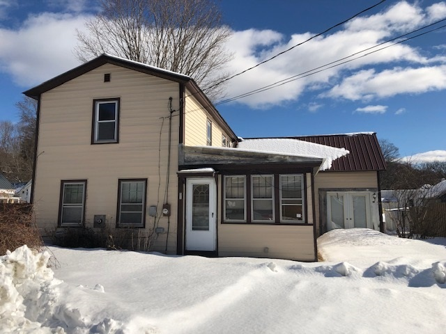 Hartford VT Home for sale $List Price is $54,900