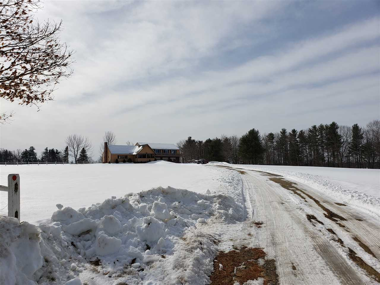 WAKEFIELD NH Home for sale $305,900