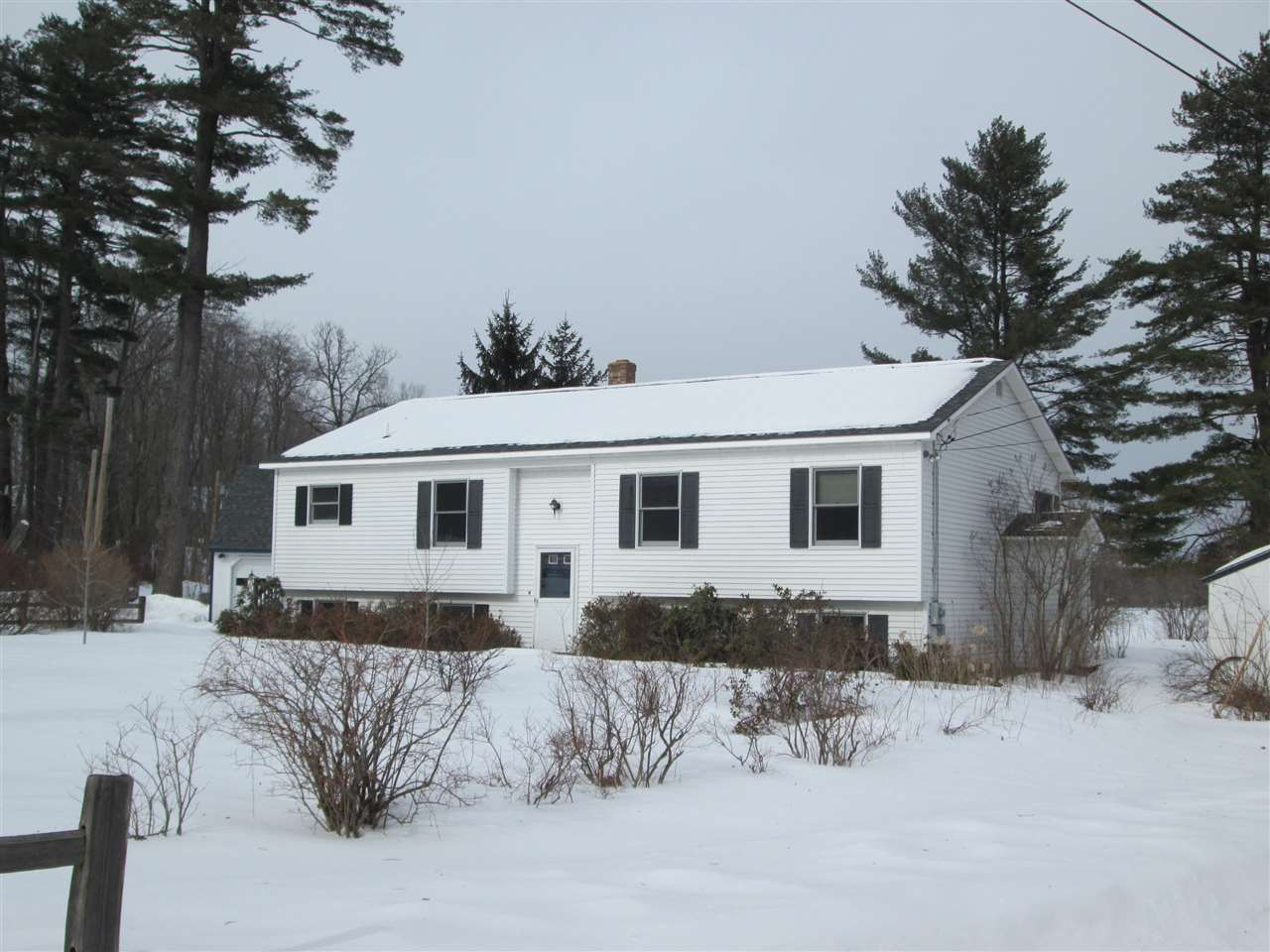 ENFIELD NH Home for sale $$319,000 | $238 per sq.ft.