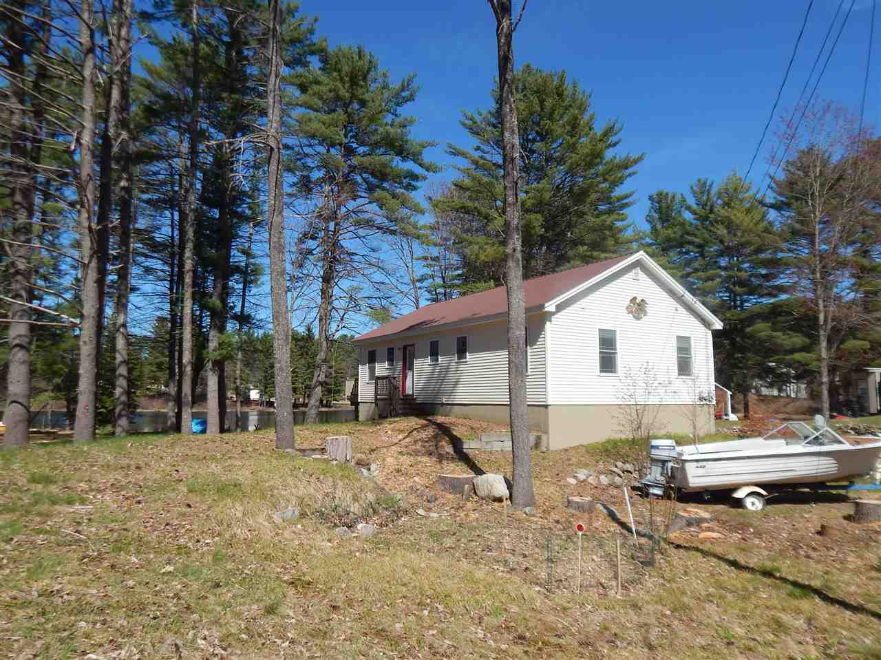 Wakefield NH Home for sale $$230,000 $201 per sq.ft.